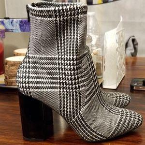 Aldo handmade classic black and white boots